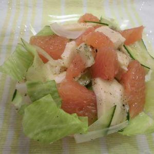 サラダチキンとグレープフルーツのサラダ