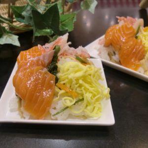 ドラゴンサーモンのちらし寿司