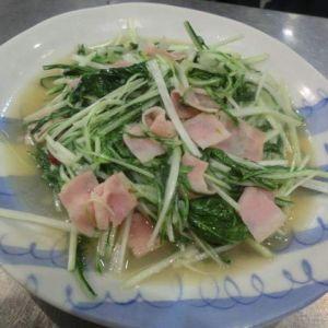 シャキッと水菜とベーコンの炒め物