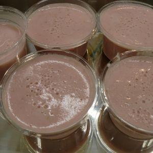 苺のミルク寒天