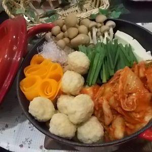 肉だんごキムチ鍋