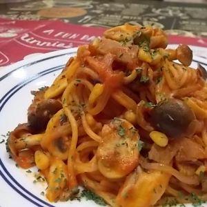 きのこのトマトスパゲティ