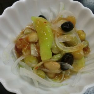 茄子と塩蒸しまめのサラダ