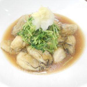 牡蠣と豆苗のおろし煮