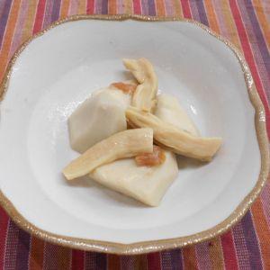 里芋の梅干し煮