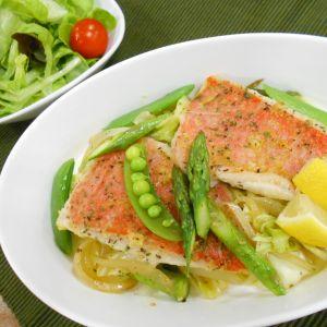 金目鯛と春野菜のハーブ蒸し煮