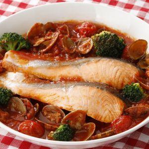 鮭とあさりのトマトパッツァ