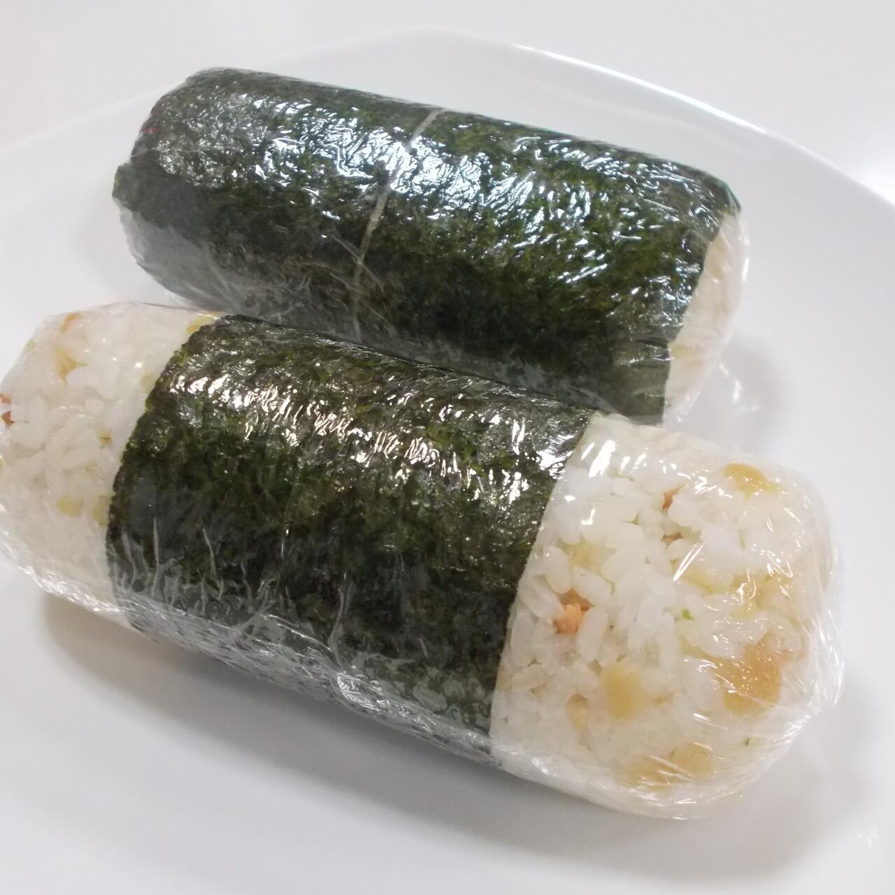 台湾おにぎり風 天華ご飯と煮玉子