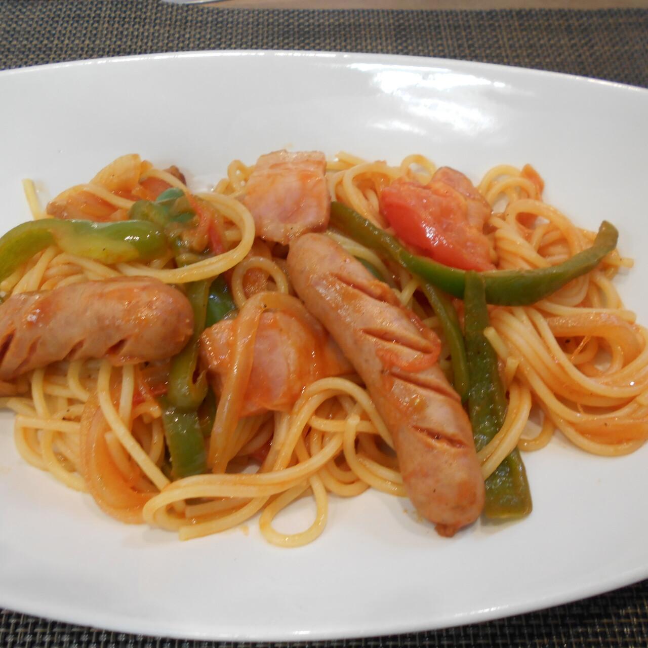 昔懐かしいスパゲッティ・ナポリタン
